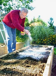 Ordinaire Edible Landscaping   How To: Improve Clay Soil