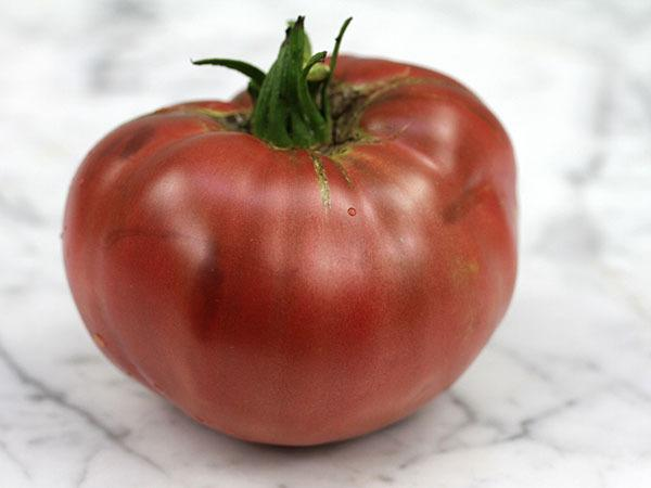 Photo of Tomato (Solanum lycopersicum 'Cherokee Purple') uploaded by Joy