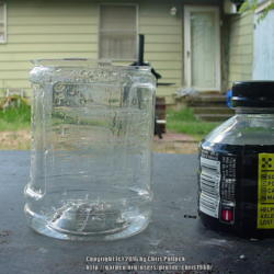 Making Small Seedling Pots from Sports Drink Containers